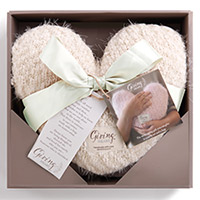 Giving Heart #100444000 Viviano Flower Shop soft huggable gift of comfort