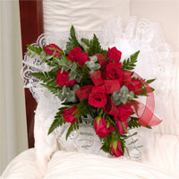 Classic Rose Heart Lid Piece #92906 Viviano Flower  Shop funeral floral arrangement for the casket